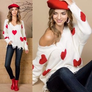 LOVE IS IN THE AIR Sweater